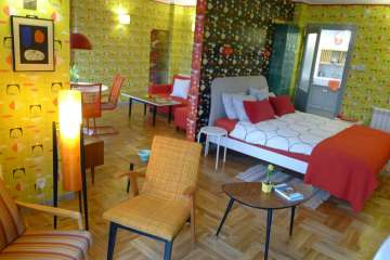 The 1950s Apartment, Krakow Old Town