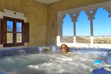 La Veranda (+ pool + hot tub)