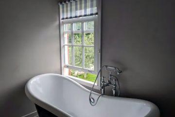Island Cottage & hot tub