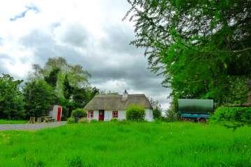 Geaglum Cottage & Gypsy Caravan