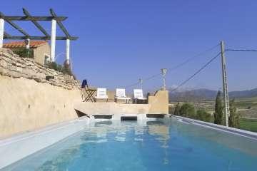La Veranda (pool & hot tub)