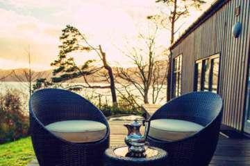 Studio on the Loch (& Hot Tub)