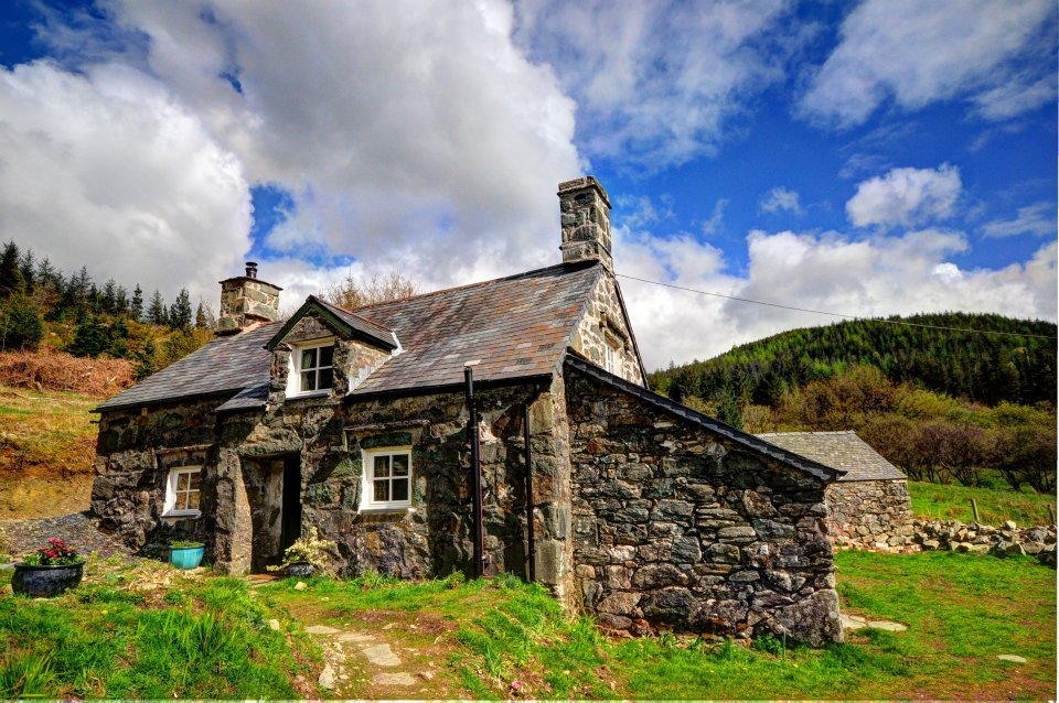 welsh country cottages